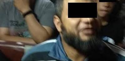 """السوشيال ميديا تبحث عن """"متشدد"""" متهم بالاعتداء على زوجين في أتوبيس عام"""