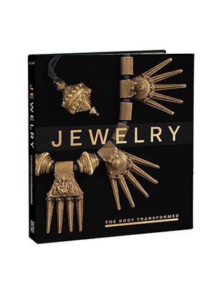d321f35c584 O que é uma joia e o que ela significa  Essas questões entre outras estão  na exposição JEWELRY- THE BODY TRANSFORMED que esta no Met Musuem de Nova  York.