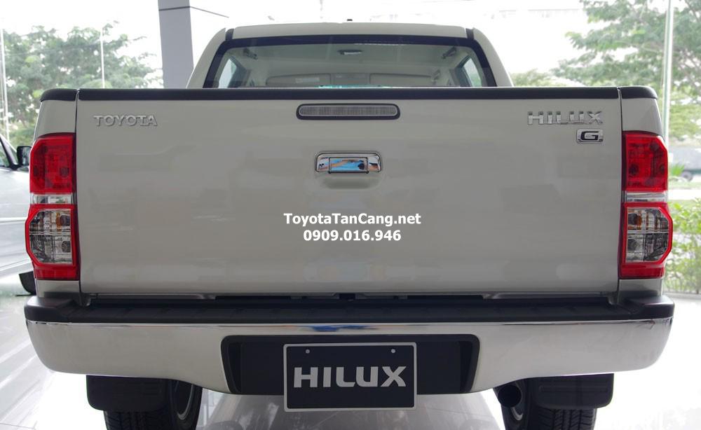 toyota hilux 2015 toyota tan cang 7 - Đánh giá Toyota Hilux 2015: Thách thức mọi chiếc xe bán tải - Muaxegiatot.vn