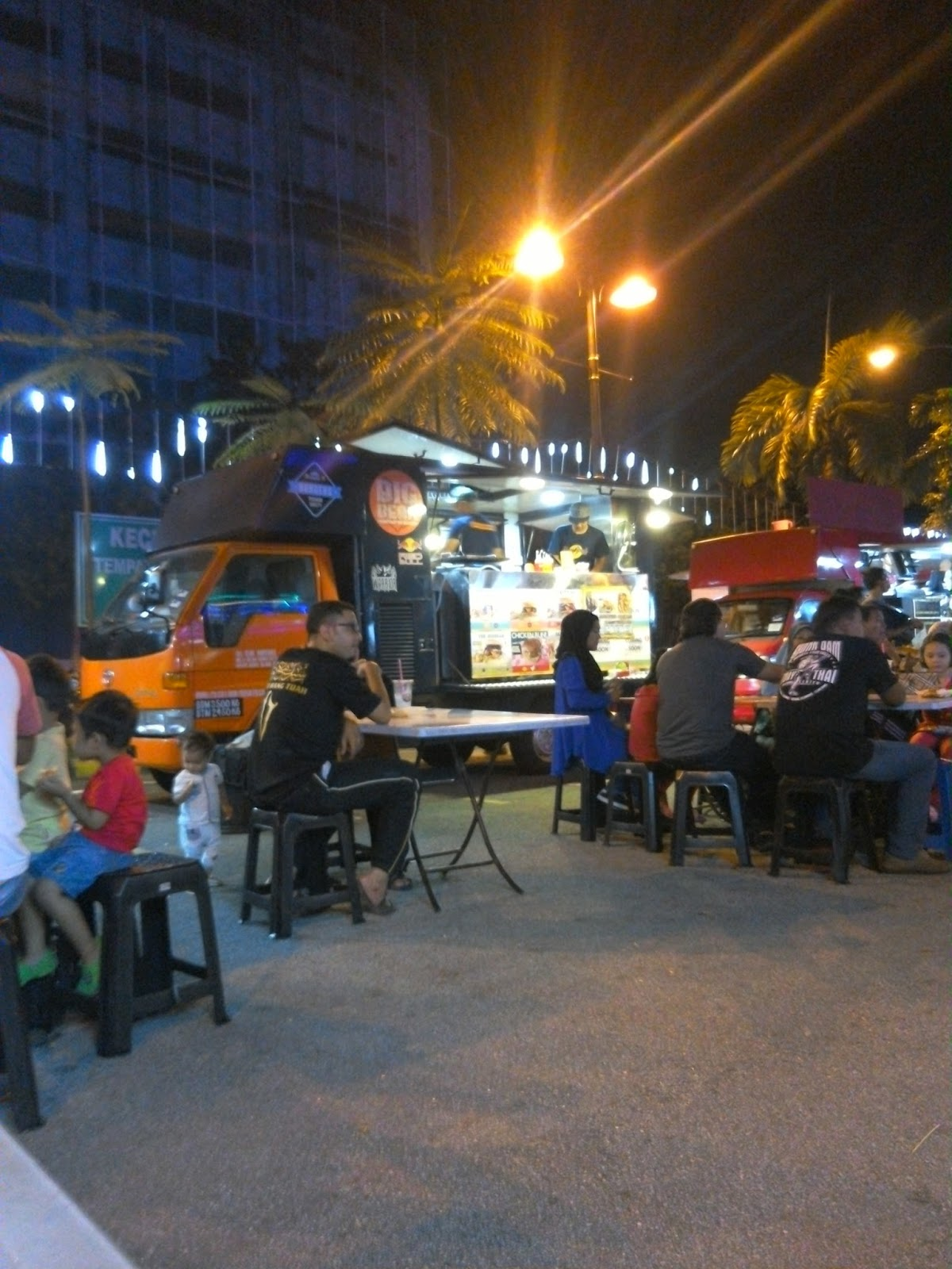 FOOD TRUCK Aggerik Mall