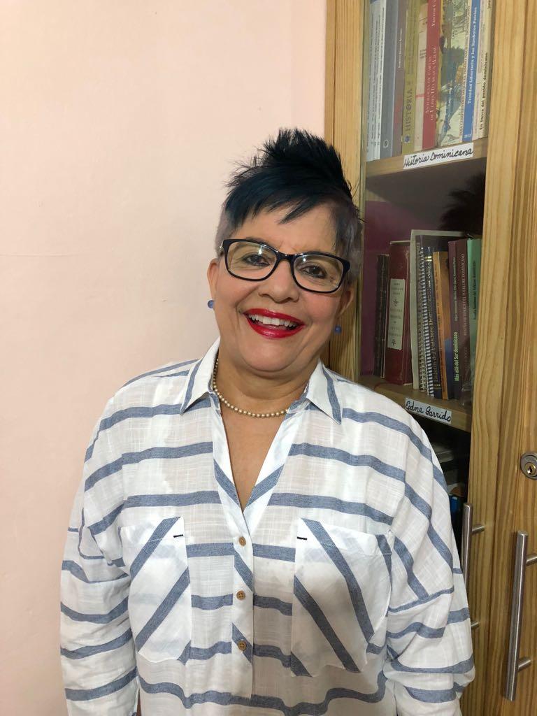 Perfil De Xiomarita Perez Investigadora Folklorica Dominicana