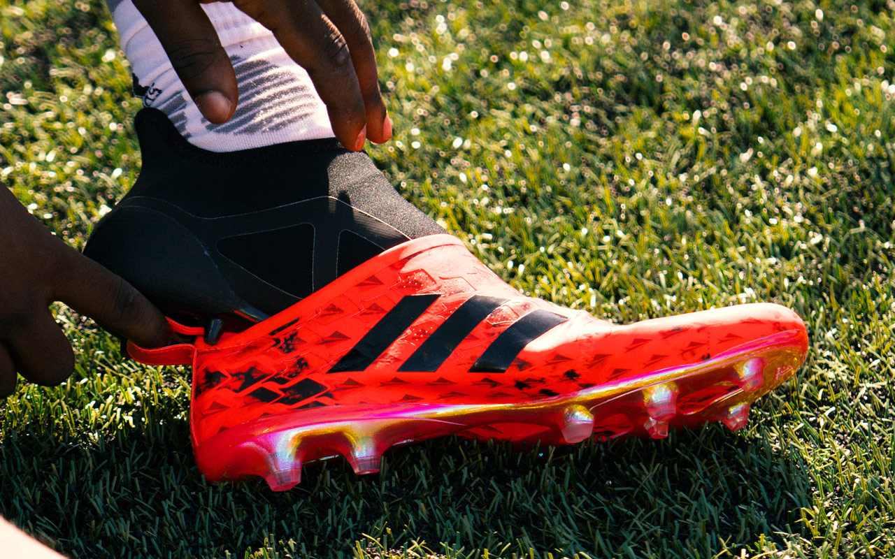423e8dc9d47 2016 Footy Headlines Boot Awards - Adidas Glitch is the Most Innovative Boot  of the Year