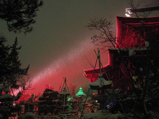 Nagano Toumyou (votive candle) Festival, Zenkouji Temple, Nagano Pref.