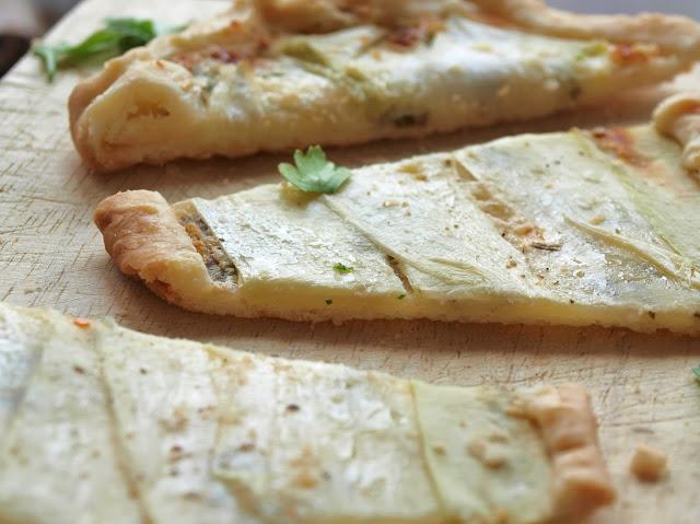 Zucchini Tartelletes mit Petersilie und Minze