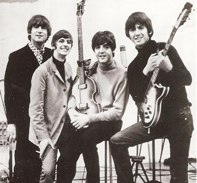 Resultado de imagem para beatles 1964 studio