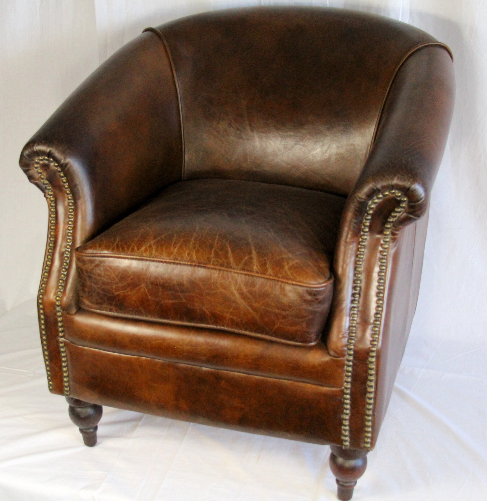 Prairie Perch: Leather Club Chairs (Let's Go a Sourcing!)