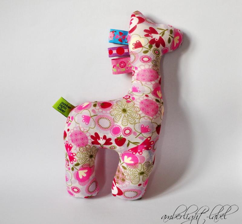 Stofftier Giraffe - amberlight-label