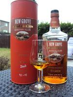New Grove Single Barrel Rum 2007 - 60°, fût 42-15, 385 bouteilles, vieilli en fût de chêne du limousin, sélection pour les 60 ans de La Maison du Whisky
