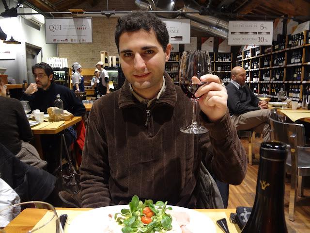 Cenando en Ambasciatori en bolonia