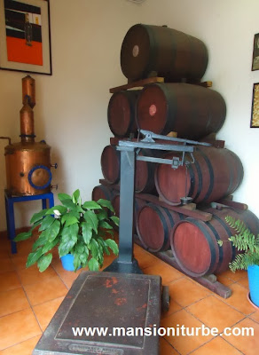 The charanda is matured in oak barrels
