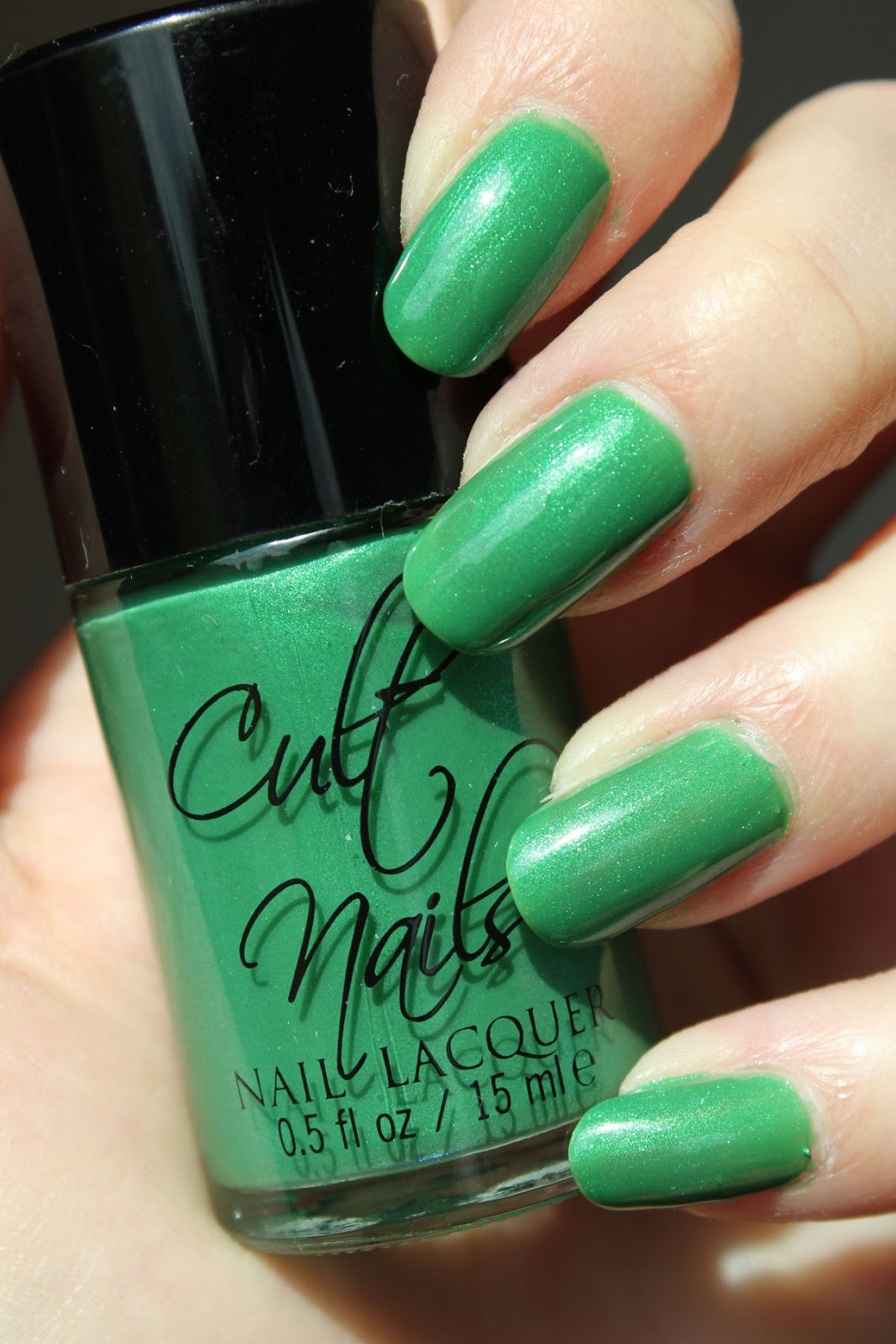 http://lacquediction.blogspot.de/2014/05/cult-nails-feelin-froggy.html