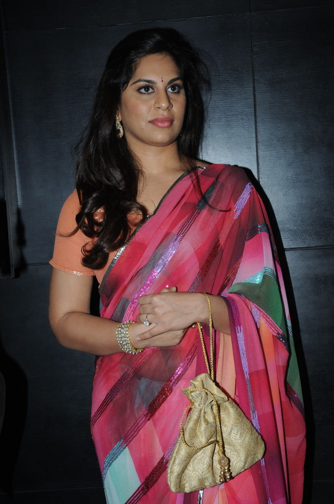Ram Charan Wife Upasana Photos In RedSaree