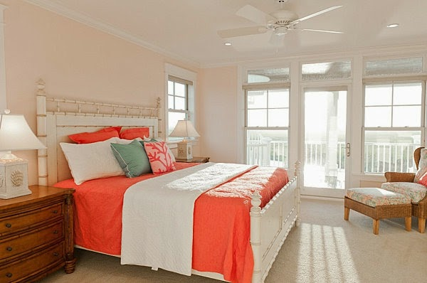 dormitorio en gris y coral