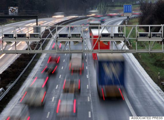 Αυξάνονται τα όρια ταχύτητας στις εθνικές οδούς στα 150 χλμ./ώρα (βίντεο)