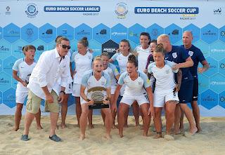 FÚTBOL PLAYA - Inglaterra se corona en Nazaré campeona de la Euro Beach Soccer Women's Cup con España 5ª