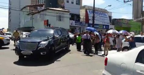 Corpo de Domingos Montagner deixa funerária em Sergipe e segue para São Paulo