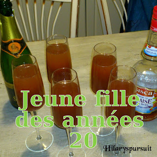 http://danslacuisinedhilary.blogspot.fr/2012/06/cocktail-jeune-fille-des-annees-20.html