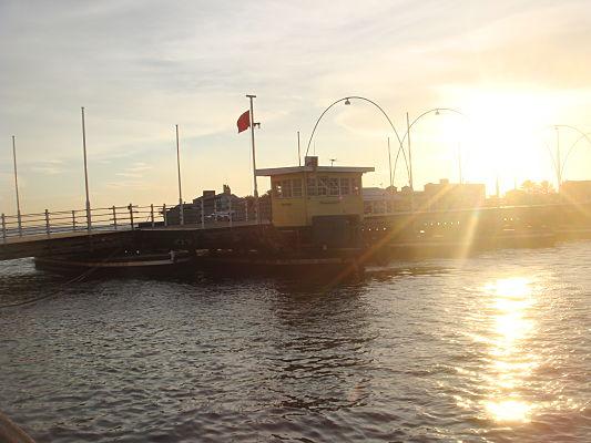 ponte flutuante curaçao