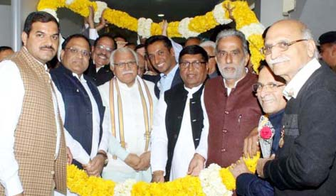 Former urban district president of INLD joins BJP including RK Chilana supporters