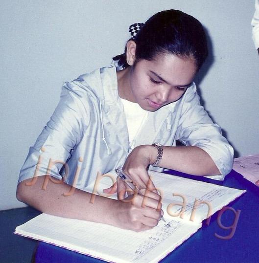 Dato' Siti Nurhaliza Ambil Lesen Memandu