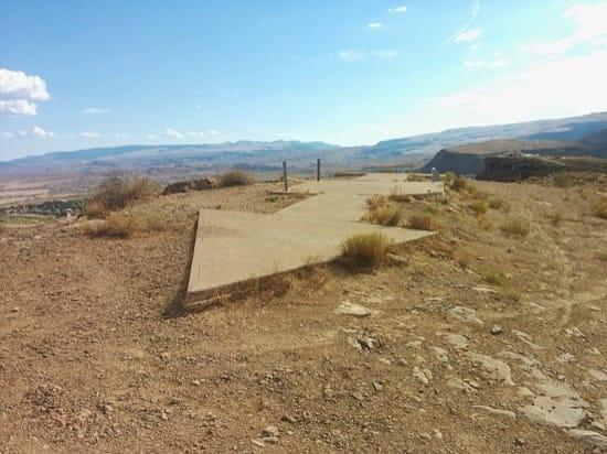 Las flechas en el suelo que guiaban a los pilotos de avión a través de Estados Unidos. Restos