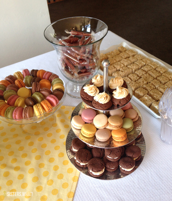 Bridal shower food, yes macaroons!
