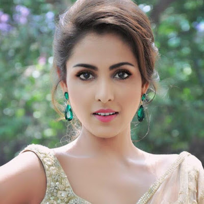 Madhu Shalini Wiki, Height, Weight, Age, Husband, Family and Biography