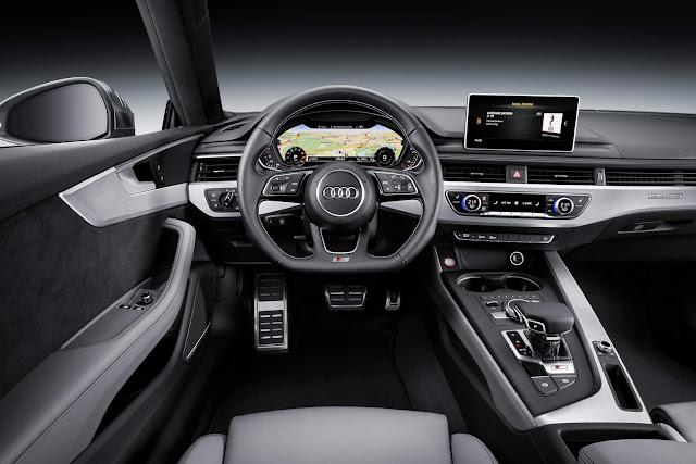 Novo Audi A5 2018 x Mercedes-Benz Classe E - interior