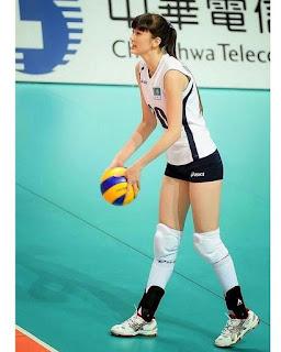 Foto Sabina Altynbekova Cantik
