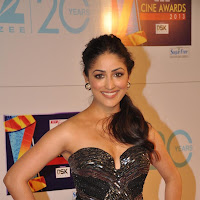 Glorious Yami gautam hot and sexy