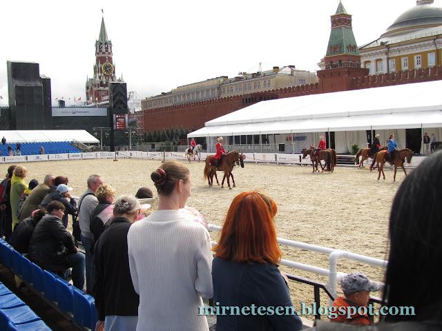 В какие дни Красной площади не видно?
