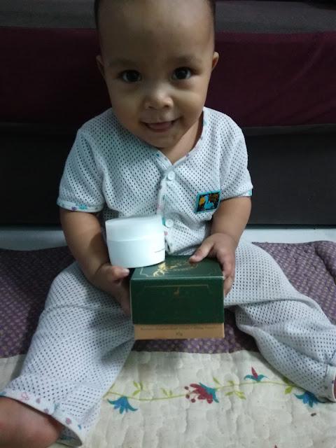Balm Bayi Tok Syed - Membantu Melegakan Batuk, Selsema Dan Hidung Tersumbat Balm Berasaskan Bahan Semula Jadi, Halal Lagi Suci.