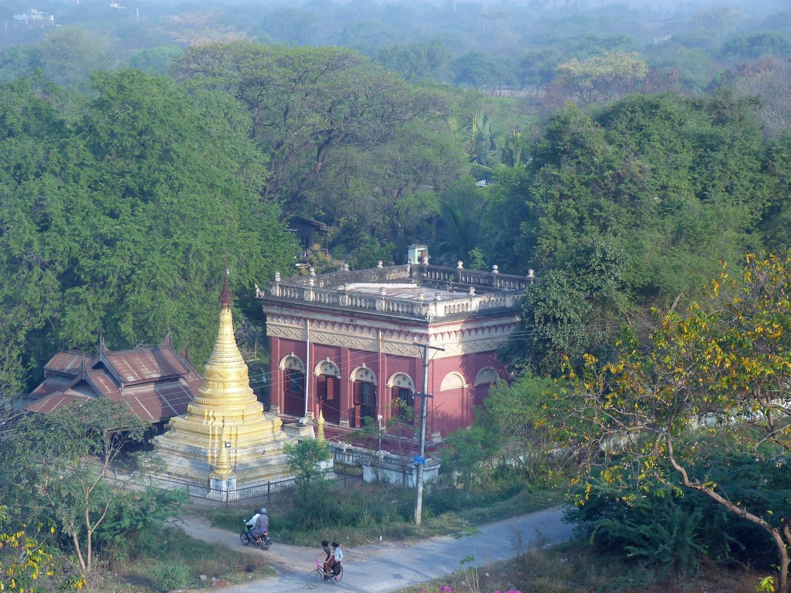 Birma - Myanmar 2012: Mandalay: 7 maart 2012