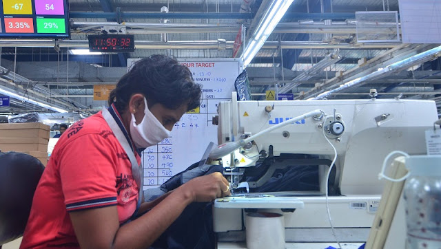 Efficiency report in garment production