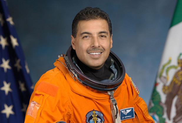 biografia de jose hernandez astronauta - photo #4