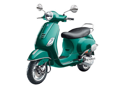New Vespa SXL 125 Green