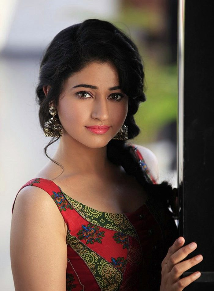 High Quality Actress Poonam Bajwa Spicy Photoshoot Stills-7046