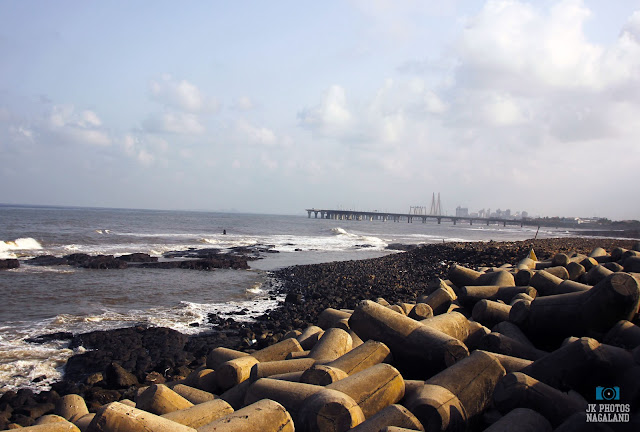 Mumbai sightseeing- The Bandra-Worli Sea link bridge
