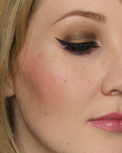 Mellow Cosmetics Powder Blush - Peach swatches & review