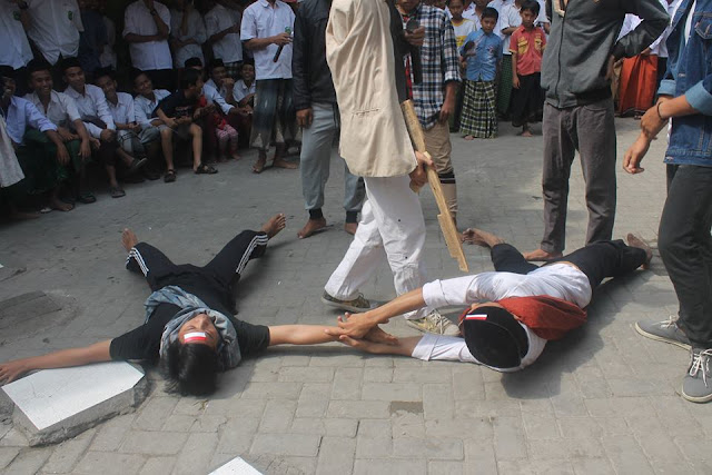 Komplek Dar As Sholah Gelar Drama Kolosal Perjuangan Merebut Kemerdekaan