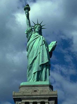 American Landmarks - funnywebpark  Statues
