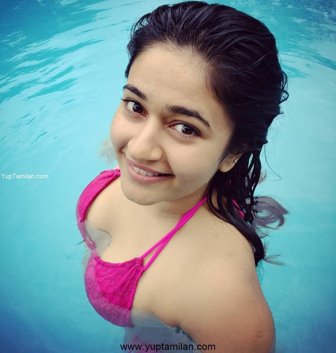 Poonam Bajwa sexy Swimsuit Photos in Swimming Pool