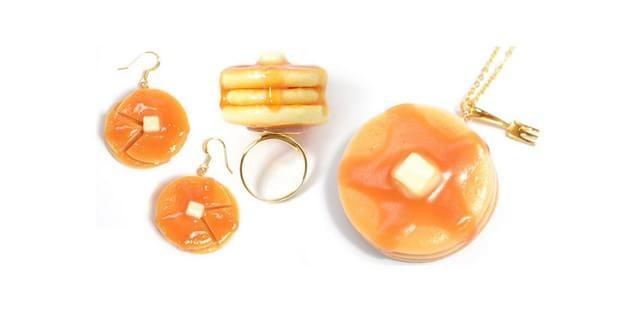 conjunto cordão, brinco e anel de panquecas