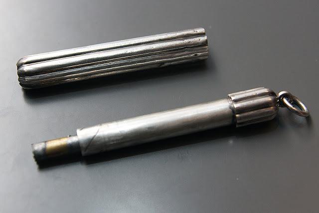 portachiavi sigillo coltellino fischietto amerigo vespucci augusto radicati portamine