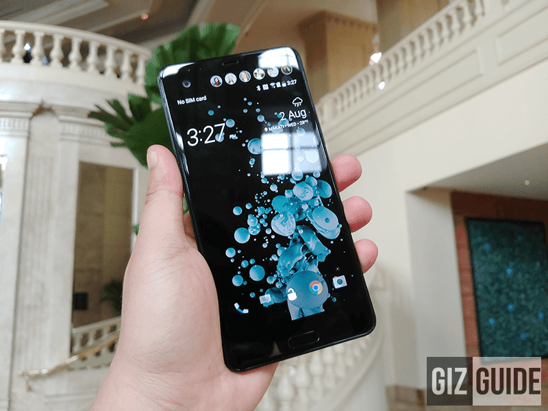 HTC U Ultra front