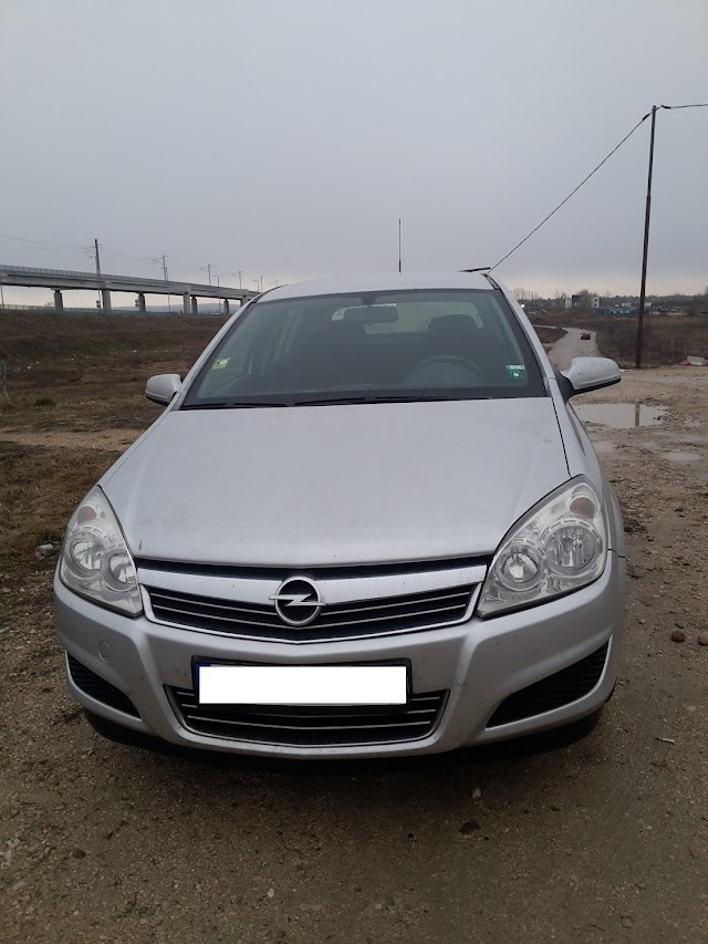 Opel Astra H car review