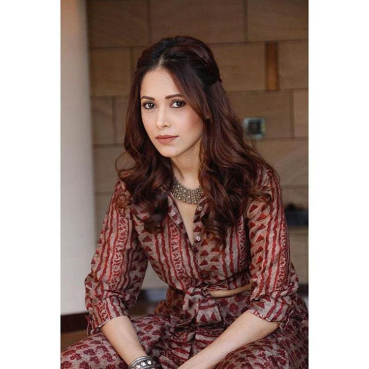Nushrat  Bharucha TOP 35 HD HOTTEST Phtots & Wallpapers 2019 Download Free