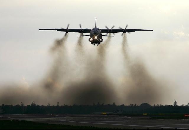 Gambar 5. Foto Pesawat Angkut Militer Antonov An-12