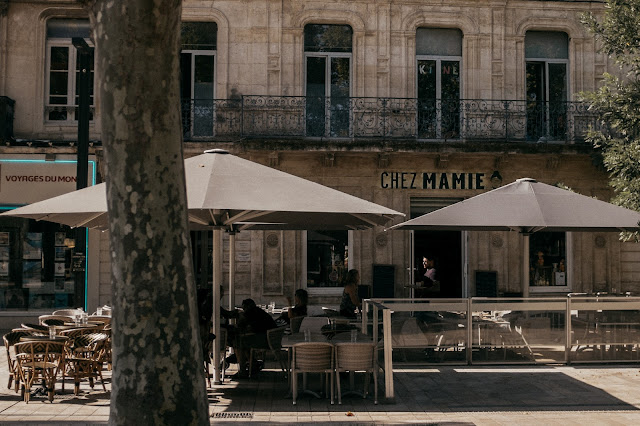 terrasse-cafe-narbonne-chez-mamie