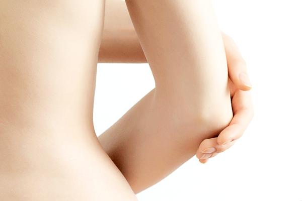 14 Natural Tips To Whiten Dark Elbows